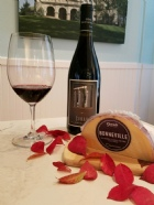 Gift Set of Syrah and Bonneville Cheese