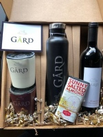 GIFT PACK: 1 Gård Growler, 2 Square Gård Tumblers + 2016 Cabernet Sauvignon