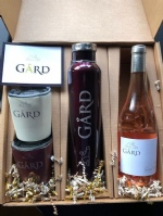 GIFT PACK: 1 Gård Growler, 2 Square Gård Tumblers + 2019 Grand Klasse Reserve Rosé