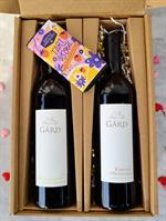 Valentine's Bundle: Sauvignon Blanc + Cabernet Sauvignon + Chocolate Bar