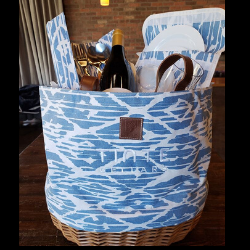 Tinte Cellars Picnic Basket - Blue and White